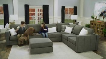 Lovesac TV Spot, 'A Lifetime of Comfort' Song by Forever Friends - Thumbnail 5