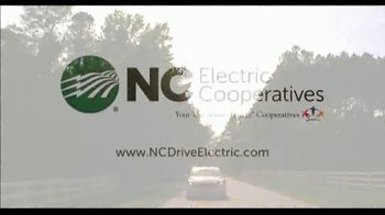 Touchstone Energy TV Spot, 'Electric Vehicle Charging Stations' - Thumbnail 9