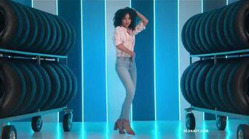 Old Navy TV Spot, 'Entona tu look de verano: jeans' canción de Kaskade [Spanish] - Thumbnail 2
