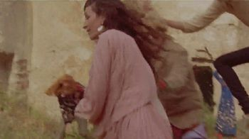 Gucci Mémoire d'une Odeur TV Spot, 'La película de campaña' Featuring Harry Styles, Song by Roxy Music [Spanish] - Thumbnail 5