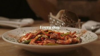 The Cheesecake Factory TV Spot, 'Dishes' - Thumbnail 9