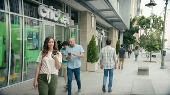 Cricket Wireless TV Spot, 'Smiles' - Thumbnail 1