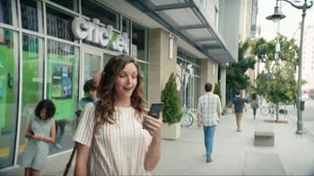 Cricket Wireless TV Spot, 'Smiles' - Thumbnail 2