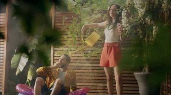 Absolut Juice TV Spot, 'Garden Party' - Thumbnail 7