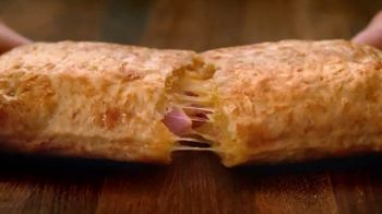 Hot Pockets Ham & Cheddar TV Spot, 'Flavor Alert' - Thumbnail 5
