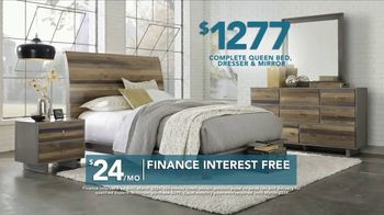 Rooms to Go TV Spot, 'Labor Day: Bring Home the Savings' - Thumbnail 4