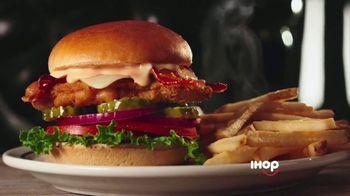 IHOP Chicken & Pancakes TV Spot, 'Attention' - Thumbnail 4