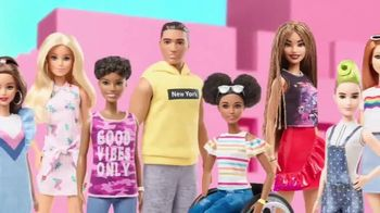 Barbie Fashionistas TV Spot, 'So Many Choices' - Thumbnail 3