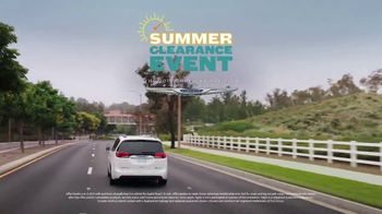 Chrysler Summer Clearance Event TV Spot, 'Talking Van: Bad Parents' Song by Kelis [T2] - Thumbnail 8