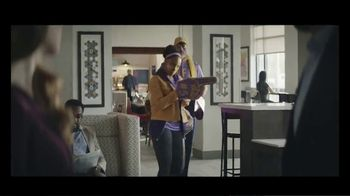 Holiday Inn Express TV Spot, 'Number One Fan' - Thumbnail 7