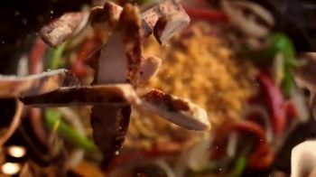 Applebee's Loaded Fajitas TV Spot, 'Can't Get Enough' Song by Barry White - Thumbnail 2