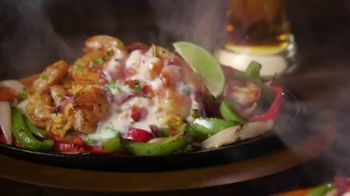 Applebee's Loaded Fajitas TV Spot, 'Can't Get Enough' Song by Barry White - Thumbnail 6