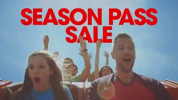 Six Flags Season Pass Sale TV Spot, 'Upgrade to Gold' - Thumbnail 3