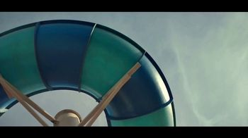 Great Wolf Lodge Summer Camp-In TV Spot, 'Go for the Moment' - Thumbnail 2