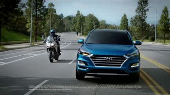 2019 Hyundai Tucson TV Spot, 'Make Blind-Spots Less Blind' [T2] - Thumbnail 2