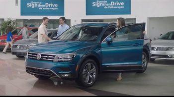 Volkswagen Evento Sign Then Drive TV Spot, 'Ha regresado' [Spanish] [T2] - Thumbnail 5