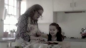 First Response TV Spot, 'El cuento del hogar' [Spanish] - Thumbnail 2