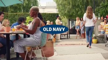 Old Navy TV Spot, 'Hot Summer Styles for the Family' Featuring Regina Hall - Thumbnail 1