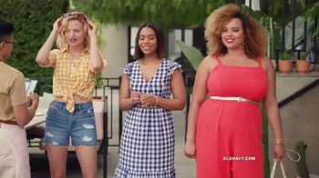 Old Navy TV Spot, 'Hot Summer Styles for the Family' Featuring Regina Hall - Thumbnail 3