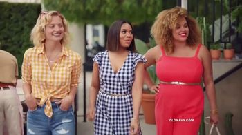Old Navy TV Spot, 'Hot Summer Styles for the Family' Featuring Regina Hall