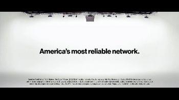 VerizonUp TV Spot, 'Why Mirna Chose Verizon: $650 Off' - Thumbnail 7