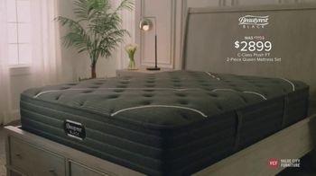 Value City Furniture TV Spot, 'Great Moments: Beautyrest Black Mattress Sets' - Thumbnail 6