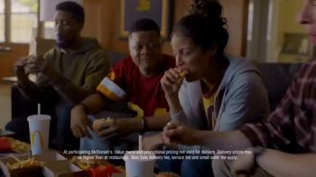 McDonald's + Uber Eats TV Spot, 'McDelivery Doorbell' Song by Della Reese - Thumbnail 9