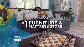 Ashley HomeStore Memorial Day Sale TV Spot, 'Summer's Hottest Deals: Recliners & Sectionals' Song by Midnight Riot - Thumbnail 8