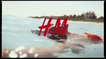 H&M TV Spot, 'Summer Splash' Song by Eileen - Thumbnail 9