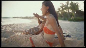 H&M TV Spot, 'Summer Splash' Song by Eileen - Thumbnail 4