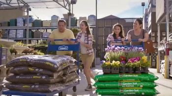 Lowe's TV Spot, 'Do Outdoors Right: Craftsman Trimmer & Bonnie Vegetables' - Thumbnail 8