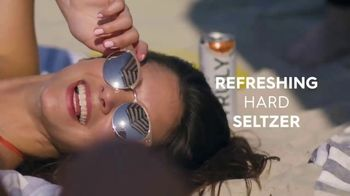 Truly Spiked & Sparkling TV Spot, 'Summer Adventure' Song by Starley - Thumbnail 7