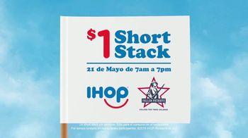 IHOP $1 Short Stack TV Spot, 'Pequeñas banderas' [Spanish] - Thumbnail 4