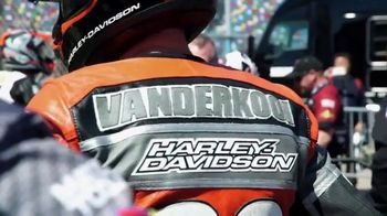 VANCE & HINES TV Spot, 'On the Track' Song by Sean Roman - Thumbnail 10