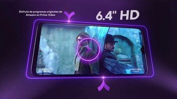 Metro by T-Mobile TV Spot, 'Teléfonos gratis' canción de Usher [Spanish] - Thumbnail 5