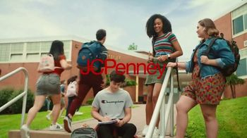 JCPenney TV Spot, 'Remix: 25 Percent Off Shoes and Apparel' - Thumbnail 1