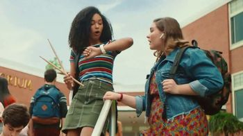 JCPenney TV Spot, 'Remix: 25 Percent Off Shoes and Apparel' - Thumbnail 2