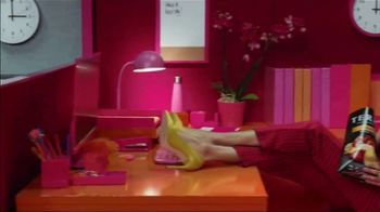 Terra Chips TV Spot, 'Color Outside Your Cubicle' - Thumbnail 2
