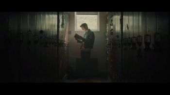 Staples TV Spot, 'Back to School: The Writer: Notebooks and Folders' - Thumbnail 4
