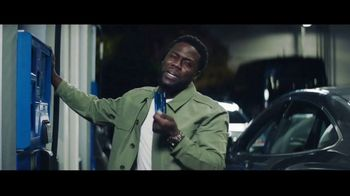 Chase Freedom Unlimited Card TV Spot, 'You're Always Earning at the Gas Station' Featuring Kevin Hart