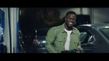 Chase Freedom Unlimited Card TV Spot, \'You\'re Always Earning at the Gas Station\' Featuring Kevin Hart