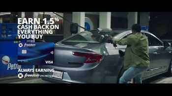 Chase Freedom Unlimited Card TV Spot, 'You're Always Earning at the Gas Station' Featuring Kevin Hart - Thumbnail 8