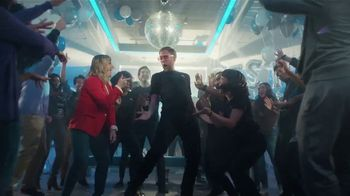 XFINITY Best Deal of the Year TV Spot, 'How It's Gonna Go Down: $79.99 a Month' Feat. Amy Poehler - Thumbnail 4