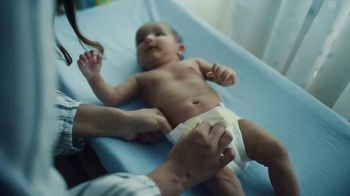 Pampers TV Spot, 'Love the Change: Everything' - Thumbnail 8