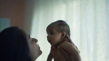 Pampers TV Spot, 'Love the Change: Everything' - Thumbnail 9