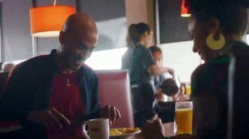 Denny's Sirloin Steak & Eggs TV Spot, 'Los bistecs no son solo para cenar' [Spanish] - Thumbnail 2