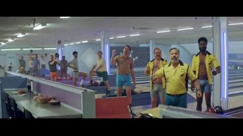 Hanes TV Spot, 'Every Bod is Happy in Hanes' - Thumbnail 5