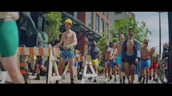 Hanes TV Spot, 'Every Bod is Happy in Hanes' - Thumbnail 8