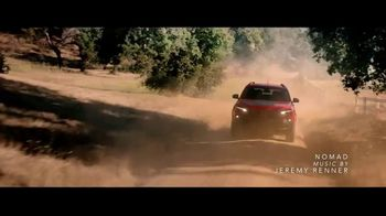 Summer of Jeep TV Spot, 'Seconds' Featuring Jeremy Renner [T2] - Thumbnail 2