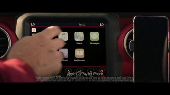 Summer of Jeep TV Spot, 'Ride Swap' Featuring Jeremy Renner [T2] - Thumbnail 5